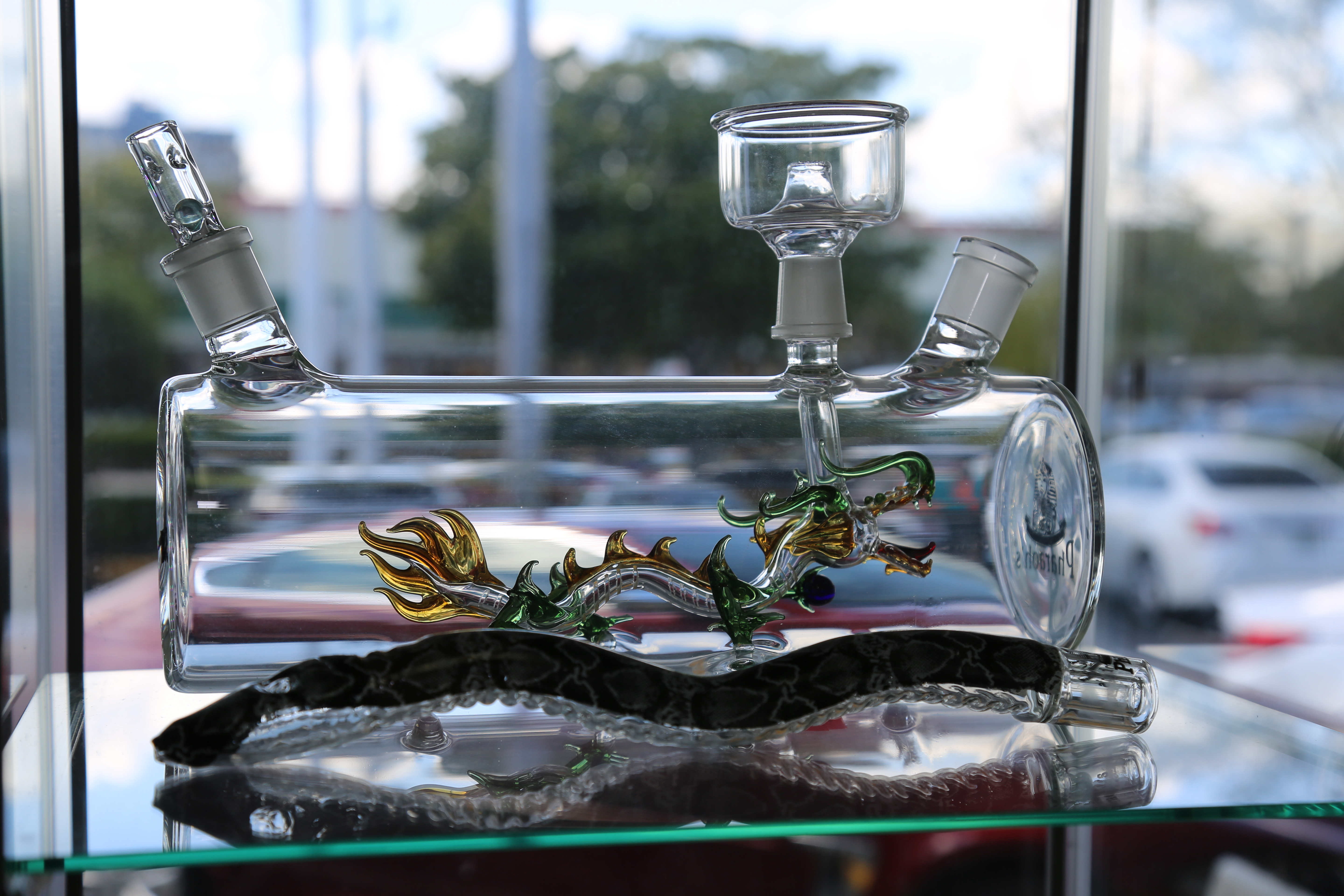 Water Pipe Percolators u2013 Different Kinds and Benefits & Smoke Glass Pipes that Enhance the Experience   Smokey News   Fort ...